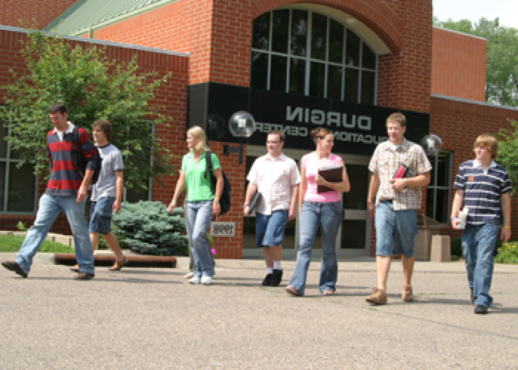 au students on campus